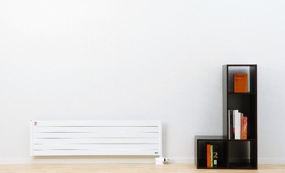 室温が低くても、あたたかいと感じるふく射熱暖房。