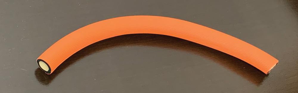 LPガス:オレンジ色のホース